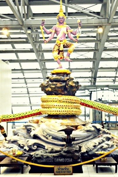 statue of Vishnu and his avatar turtle Kurma at the Suvarnabhumi Airport in Bangkok